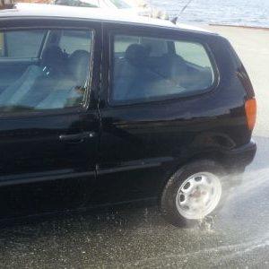 Hvordan vaske bil utvendig?